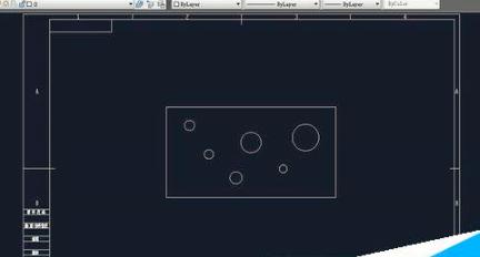 CAD机械制图在重点管控的尺寸上加腰型孔的方法